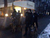Задержанных на Фестивальной активистов отпустили
