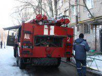 В Запорожье из горящего общежития спасли 10 человек (Фото)