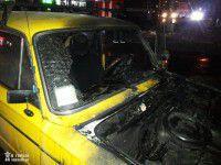 В  запорожском дворе сгорели желтые «Жигули» (Фото)
