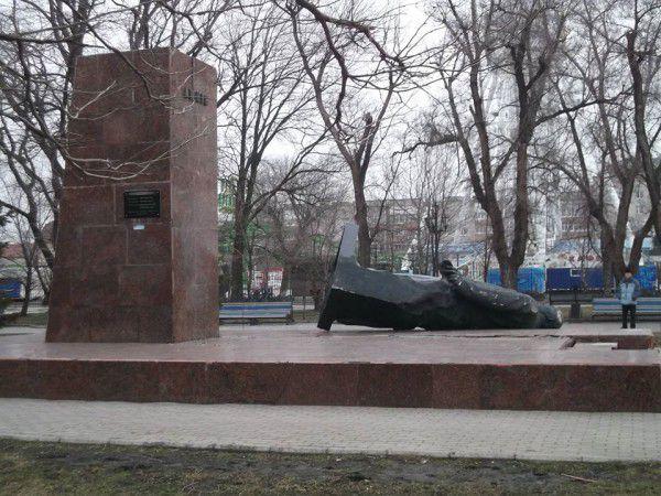 Lenin_Brd_2