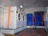 Жители Запорожской области отправят на фронт прачечную со стиральными машинами