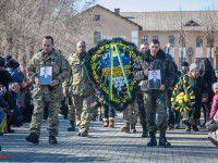 В Запорожье простились с  артиллеристами, погибшими в момент перемирия