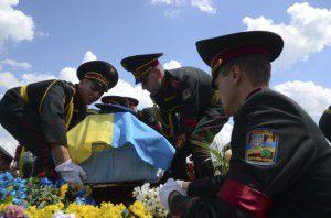 1400743489-3901-soldatyi-armiya-truna-pogrebenie