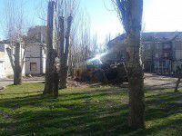 В Бердянске трактор провалился под асфальт
