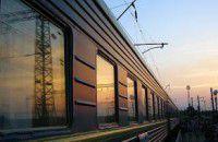 Врачи не смогли спасти сбитого поездом запорожца