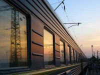 Под Запорожьем у пассажирки поезда приняли роды