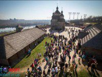 На Хортице празднование Пасхи переросло в парад вышиванок