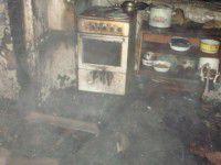 В Запорожской области мать спасла от пожара четверых детей