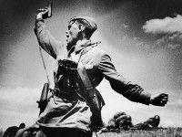 В Запорожской области поиздевались над памятником советскому солдату