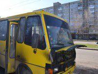 В Запорожье загорелась маршрутка с пассажирами