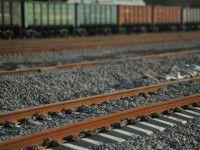 В Бердянске поезд переехал ноги пешеходу