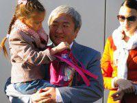 Запорожский мэр отменил встречу с журналистами ради дочери