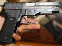 Житель Запорожья пытался покончить с собой выстрелом в висок