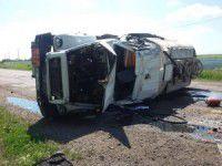 На запорожской трассе перевернулся грузовик с горюче-смазочными материалами