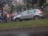 В центре Запорожье водитель сбил двоих детей и скрылся