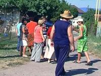 В Бердянске местные жители пригрозили перекрыть железную дорогу