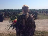 Под Запорожьем спустя год похоронили 57 неопознанных бойцов (Фото)