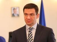 Депутат вручил главе Запорожского облсовета повестку в суд