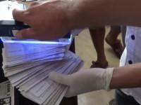 В Бердянске чиновник попался на взятке