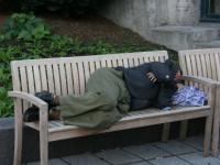 В Бердянске у спящего военного украли военный билет