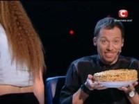 На кастинге «Танцуют все» в Запорожье судей угощали тортами и печеньем