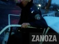 В Запорожье пьяные правоохранители врезались на служебной машине в столб – очевидцы