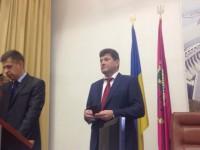В зале горсовета активисты жалуются на угрозы охраны Буряка
