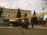 В Запорожской области Ленин опять устоял: жители обвиняют коммунальщиков в саботаже