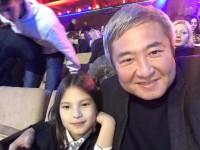 Экс-мэр Запорожья хвастается в соцсети фотографиями дочери