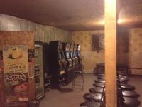 Под Запорожьем зал игровых автоматов работал в открытую