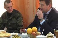 Запорожский мэр пообедал на вокзале с Ярошем