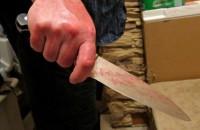 В Запорожье военный исполосовал ножом нового сожителя своей возлюбленной