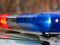 В Запорожье водитель снес электроопору, повредив 5 припаркованных авто