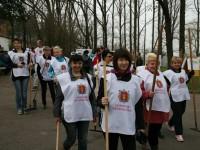 Чиновники и депутаты прибрались на Хортице — фото