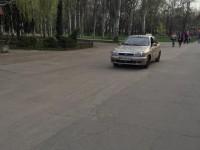 Фотофакт: По «Дубовке» безнаказанно ездят машины