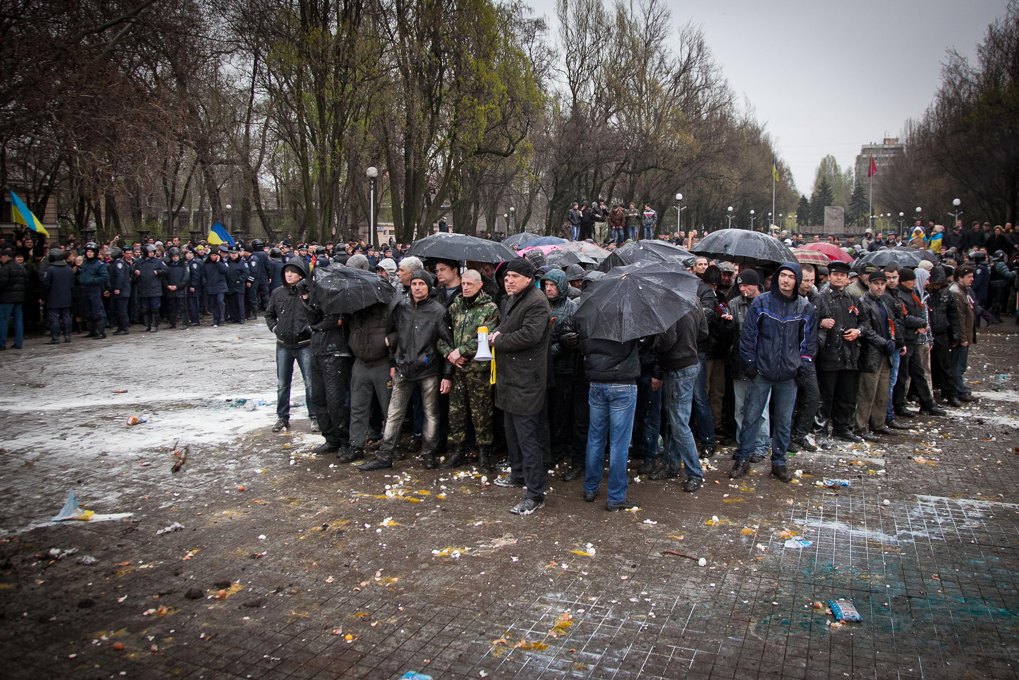 """Факельный """"Марш отважных"""" прошел в центре Запорожья - Цензор.НЕТ 3048"""