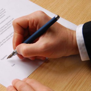 Pen sign deal agree