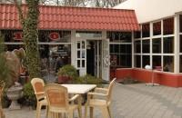 В запорожском кафе подрезали парня