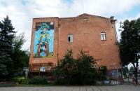 В центре Запорожья на стене дома нарисовали еще один мурал (Фото)