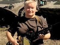 Запорожская журналистка подписала контракт с ВСУ