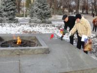 В Запорожье коммунисты отметили День рождения СССР флешмобом (Видео)