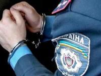 Из-за взятки в 10 тысяч полицейский начальник лишился всего имущества