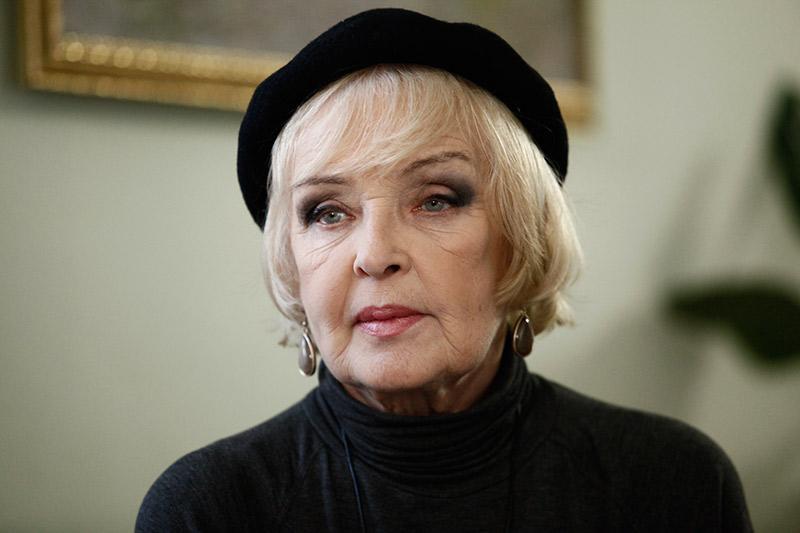 Артистка Ада Роговцева угодила вреанимацию