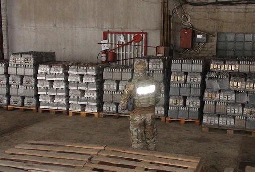 СБУ разоблачила крупную сеть поторговле контрафактным спиртом