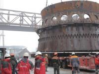 На запорожском заводе демонтировали старую доменную печь (Фото)