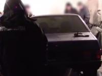 В Запорожье угнанный полицейский автомобиль нашли на разборке (Видео)