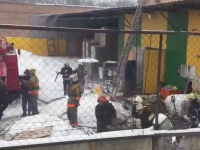 В Запорожье тушили пожар на складе завода «Олис»  (Видео)