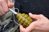 В Запорожье бывший военный подстрелил женщину и угрожал полиции гранатой без чеки