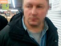 В Запорожье мужчина в магазине напал с ножом на покупателя