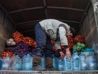 На запорожских рынках собрали еду для жителей обстреливаемой Авдеевки